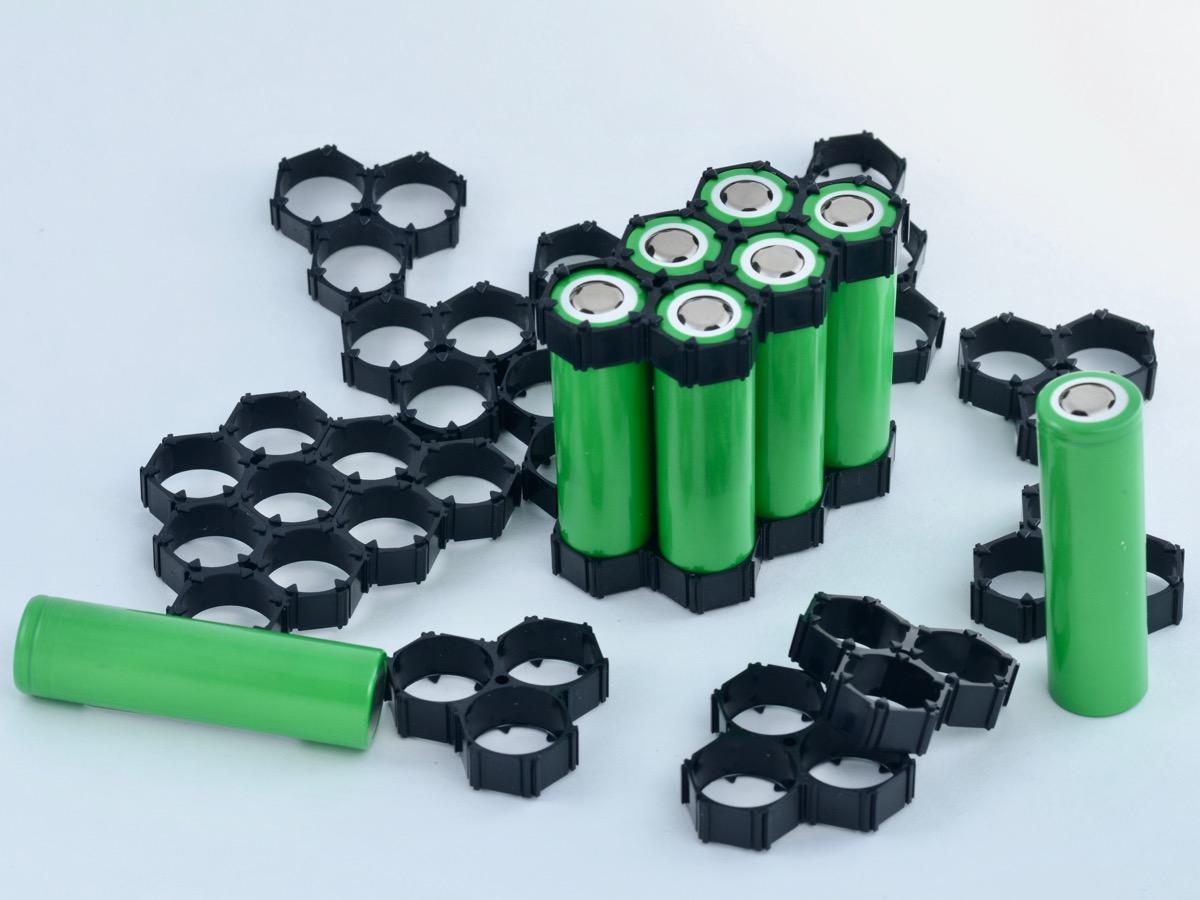 Hexagonal 18650 battery holders (30 cell pack)